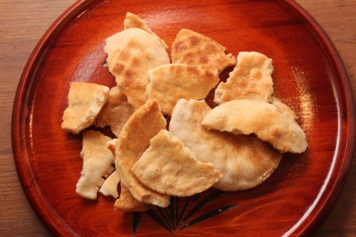 手焼煎餅 素焼やや堅焼煎餅(三角カートンギフト)