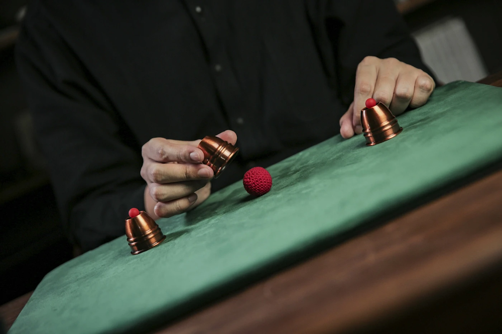 〈予約〉Mini Cups & Balls By TCC