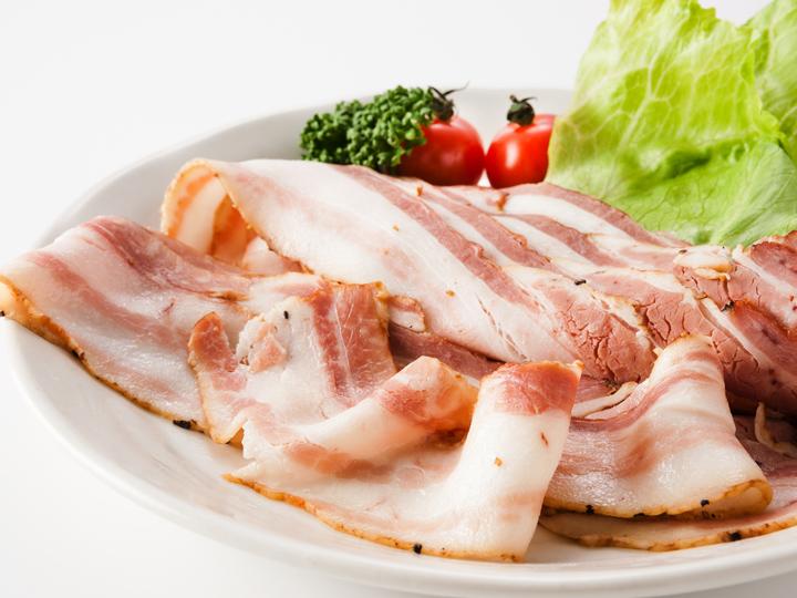 瀬戸のもち豚 熟成ベーコン 200g