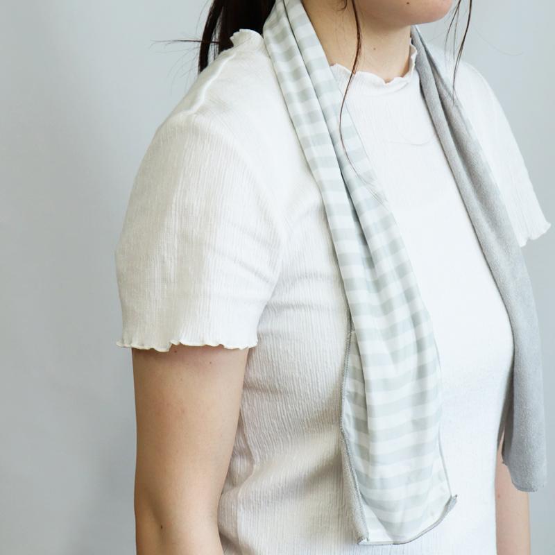 ふんわりパイルと冷感素材のリバーシブルで、シーンに合わせて使い分けができるタオル