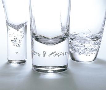 三種の泡:8オンス グラス ペア GIFT