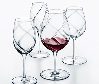 バース:シャンパングラス