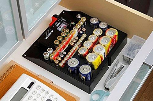 散らばりがちな電池を仕分けしてストック!【新品】Kakusee カクセー 電池残量チェッカー付 バッテリーホルダー 乾電池ホルダー ブラック