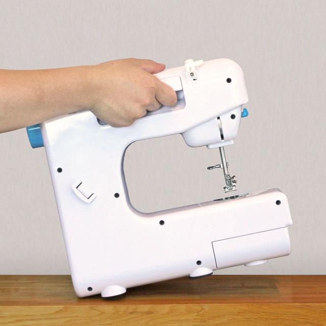 【新品】【送料無料!】クマザキエイム Bearmax ベアーマックス ポータブルミシン 縫い模様19パターン フットスイッチ・LEDライト付き UFR-727