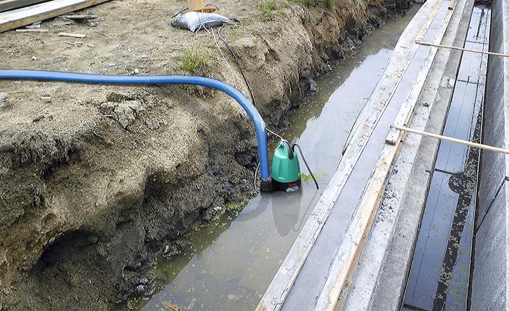 【新品】【送料無料!】[ 50Hz ] 東日本地域専用 RYOBI リョービ 水中汚水ポンプ/水中ポンプ 最大吐出量150L/分 最高全揚程7.2m RMG-4000