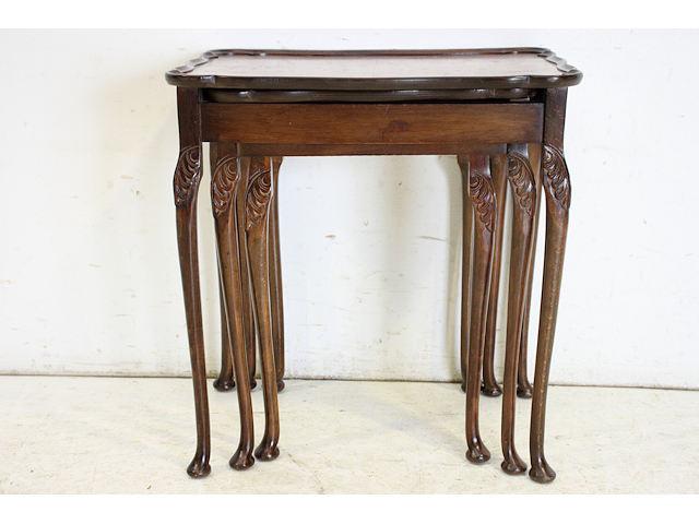 nt-8 1930年代イギリス製アンティーク ウォルナット クイーンアンスタイル ネストテーブル