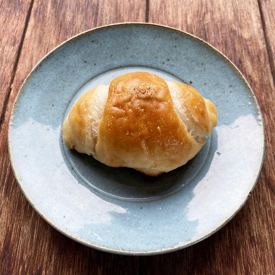 海の天然酵母塩ロールパン