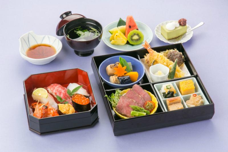 懐石弁当 睡蓮/すいれん に茶碗蒸しサービス【ご家族様のお祝い限定】
