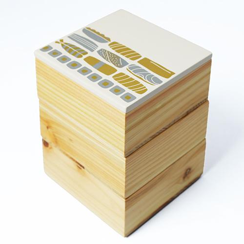 Njeco汎鮨蒔絵ミニ三段重箱(オフホワイト)