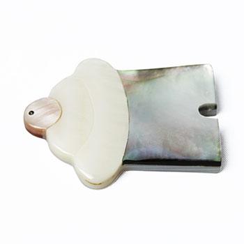 白貝と黒蝶貝の鏡餅箸置