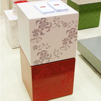 唐草カラーボックス(洗朱)