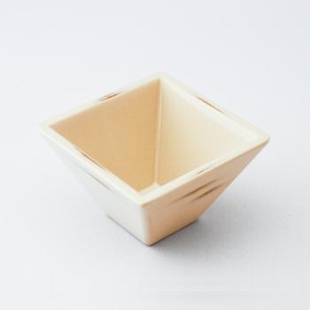 角小鉢(変根来-白)