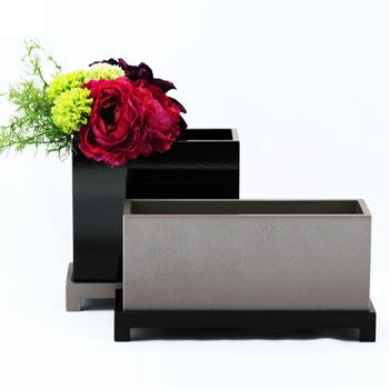 台付花器ロータイプ(シルバー・黒)