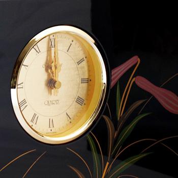 百合蒔絵屏風時計