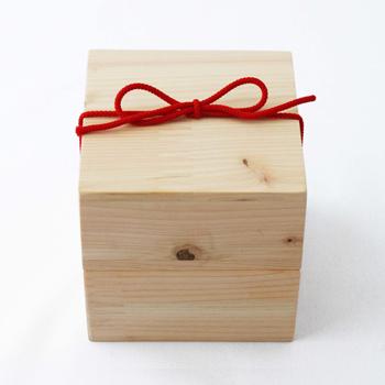 Njeco汎紀州備長炭ポット・木箱入(白)