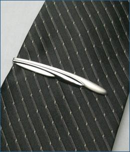 K18WG-009ネクタイピン