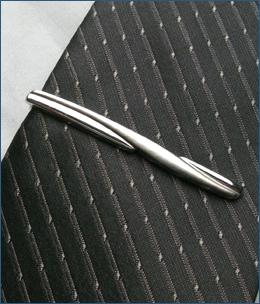 SV950-004ネクタイピン