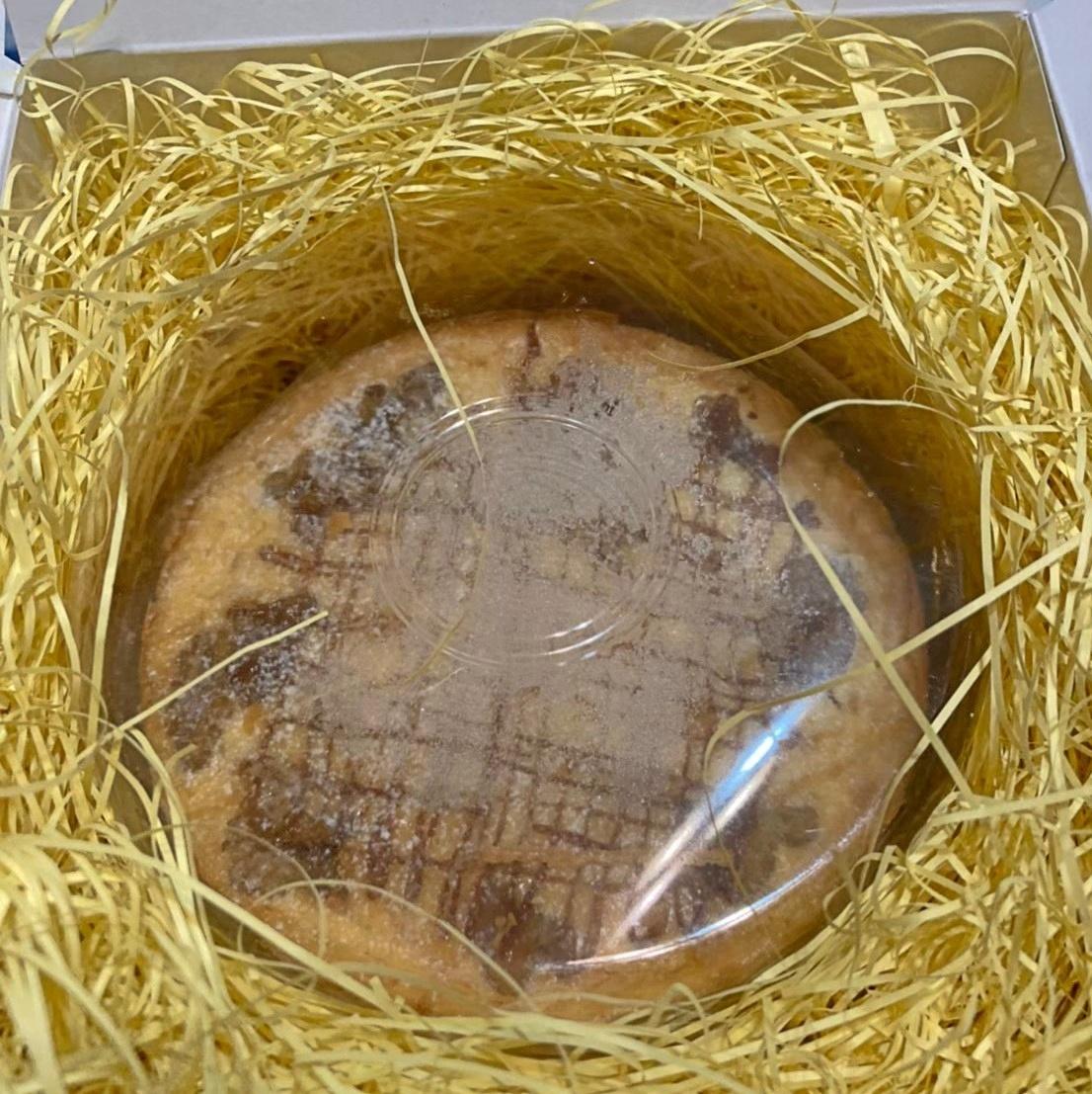 塩キャラメルチーズケーキ 4号 お取り寄せスイーツ ギフトや手土産にも チーズケーキ専門店 人気ナンバーワン商品 すずとら 3~4人用 ホールケーキ 直径12㎝ 冷凍