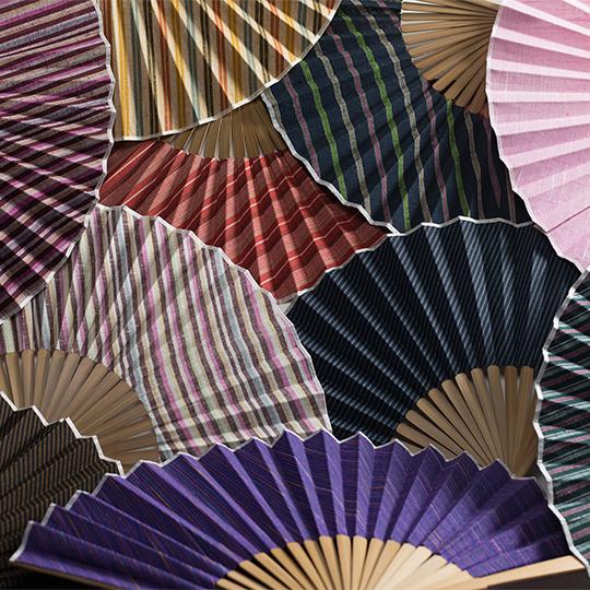 遠州綿紬 扇子 静岡土産 ギフトにもオススメ ぬくもり工房 日本色 全9色