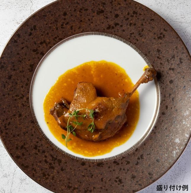 骨付き鴨もも肉のオレンジソース