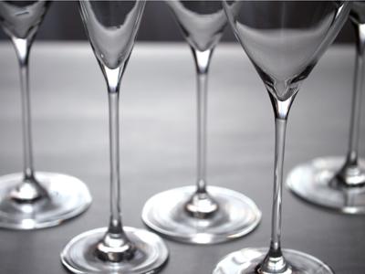 木村硝子店|ツル 19ozワイン|スロヴァキア製