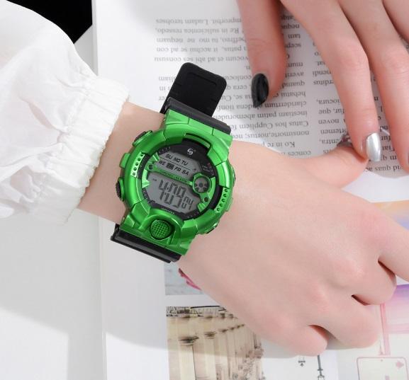 新品 送料無料 AOSUN 腕時計デジタル多機能LEDブラック×メタルグリーン
