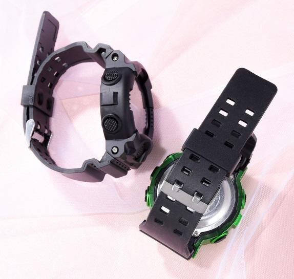 新品 送料無料 AOSUN 腕時計デジタル多機能LEDブラック×メタル燻ゴールド