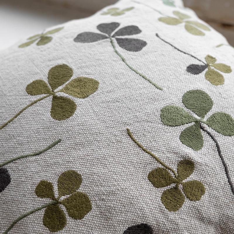 Fine Little Day クローバー 刺繍 クッションカバー 麻70% ファインリトルデイ 北欧 スウェーデン【ネコポスOK】