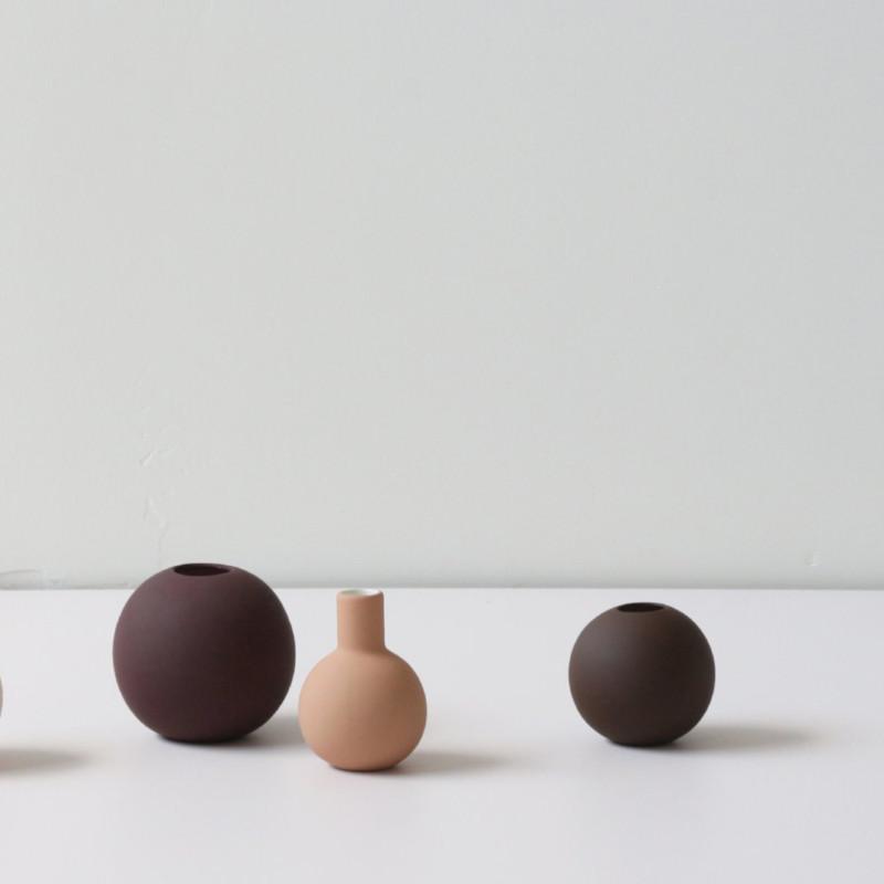 Cooee Design 花瓶 ボールフラワーベース 8cm コーヒー 北欧 スウェーデン