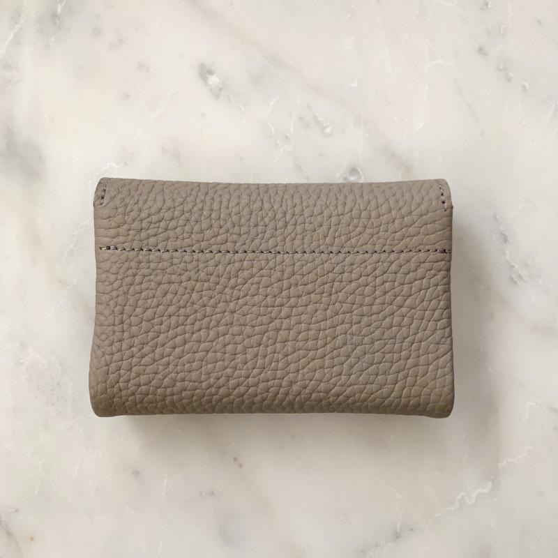 STUDIO LA CAUSE シュリンクレザー 内縫いフラップ キーケース/ミニ財布 ベージュ 日本製