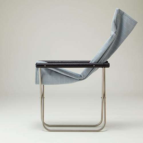 ニーチェアエックス シキリ チャコールブラック / ブルーグレー簾