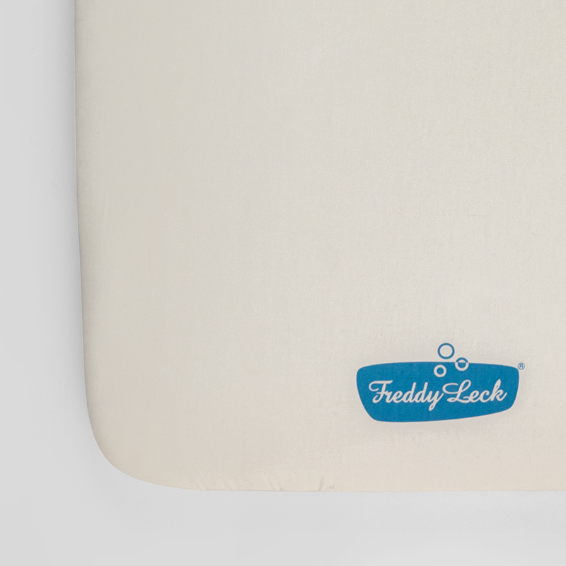 アイロニングボード スペアカバー ロゴ / フレディ レック・ウォッシュサロン
