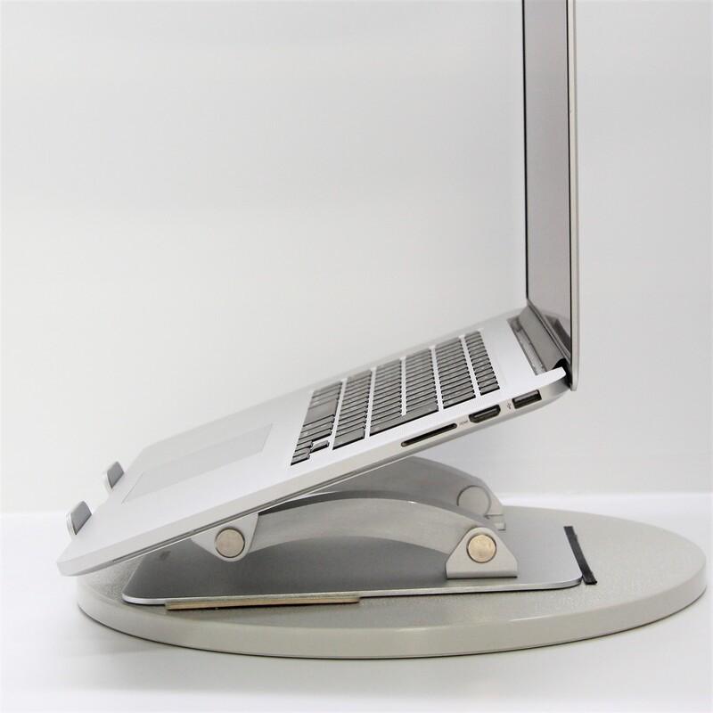【並品】Apple MacBookPro11,5(Mid 2015) macOS Catalina 10.15.7 Intel(R) Core(TM) i7-4870HQ CPU @ 2.50GHz メモリ16GB (8GB×2) 500GB SSD 15.4インチ