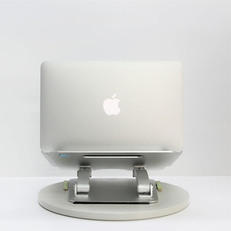 【美品】Apple MacBookAir6,1(Mid 2013) macOS Catalina 10.15.3 Intel(R) Core(TM) i5 4250U CPU @ 1.30GHz メモリ 4GB SSD 128GB 11.6インチ