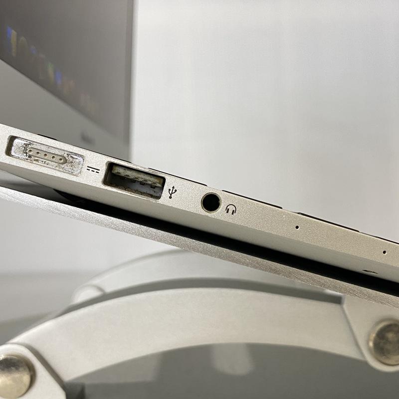 【並品】Apple MacBookAir6,1(2014) macOS Catalina 10 Intel(R) Core(TM) i5 4260U CPU @ 1.40GHz メモリ 4GB(2GB×2) SSD 128GB 11.6インチ シルバー