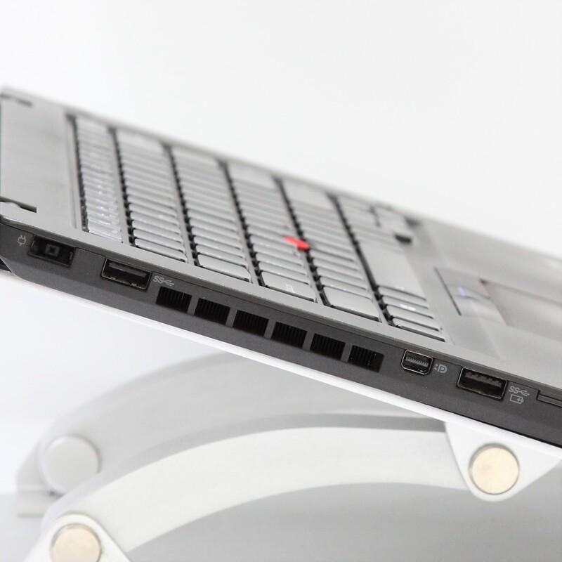 【良品】LENOVO 20BUA04EIG Windows 10 Pro(64bit) Mobile Core i5 5300U (2.3GHz/DualCore/3MB) メモリ 8GB(4GB×2) 128GB SSD 14.0インチ USキーボード