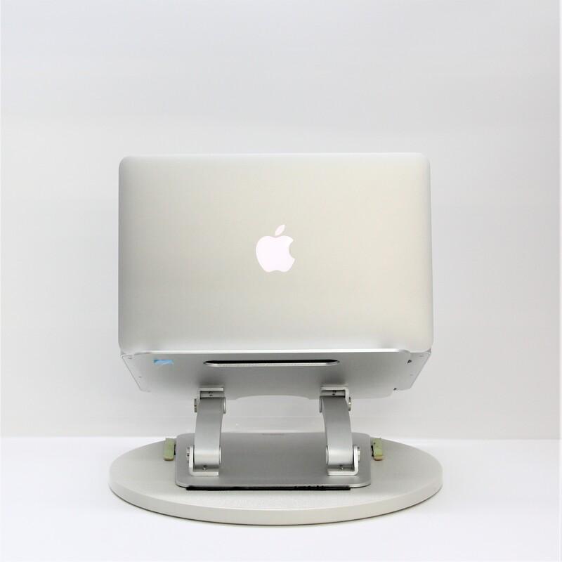 【良品】Apple MacBookAir3,1(Late 2010) macOS High Sierra 10.13.6 Intel(R) Core(TM)2 Duo CPU U9400 @ 1.40GHz メモリ 2GB (1GB×2) 128GB SSD  11.6インチ