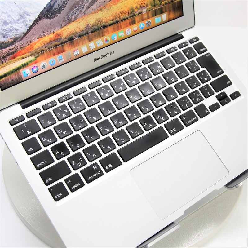 【並品】Apple MacBookAir4,1(Mid 2011) macOS High Sierra 10.13.6 Mobile Core i5 2467M (1.6GHz/DualCore/3MB) メモリ 2GB (1GB×2) 60GB SSD 11.6インチ