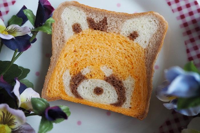 【れっさーぱんだ食パン】