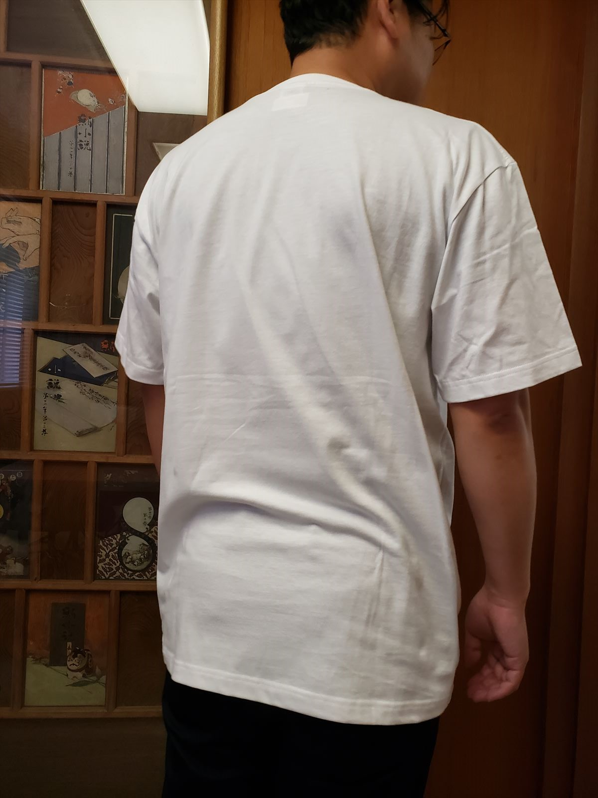 『これからはソファーに寝ころんで』発売記念Tシャツ