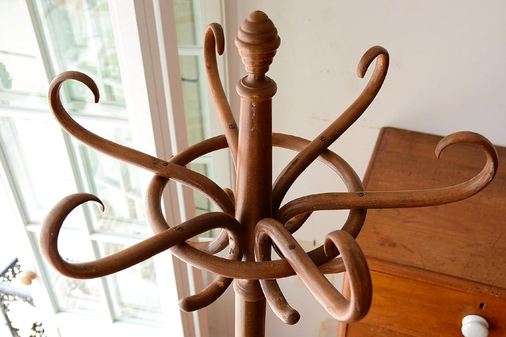 イギリス 木製ポールハンガー
