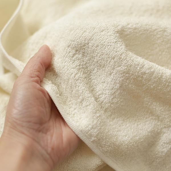 絹糸でつくったバスタオル