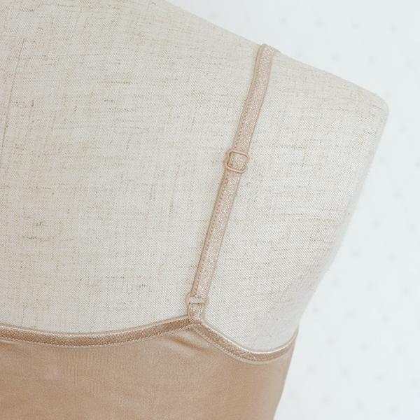 他ブランド 生糸スムース編み カップ付きキャミソール