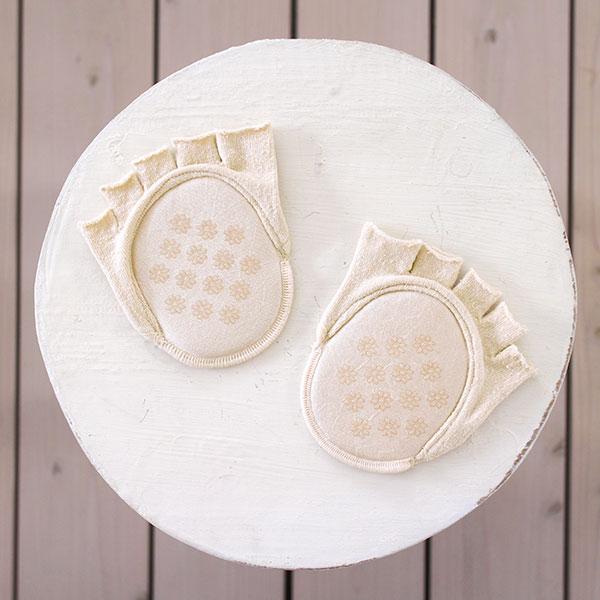 【プレゼント】天然素材クッション付き足指靴下(1万円ご購入毎に1点お選びください)