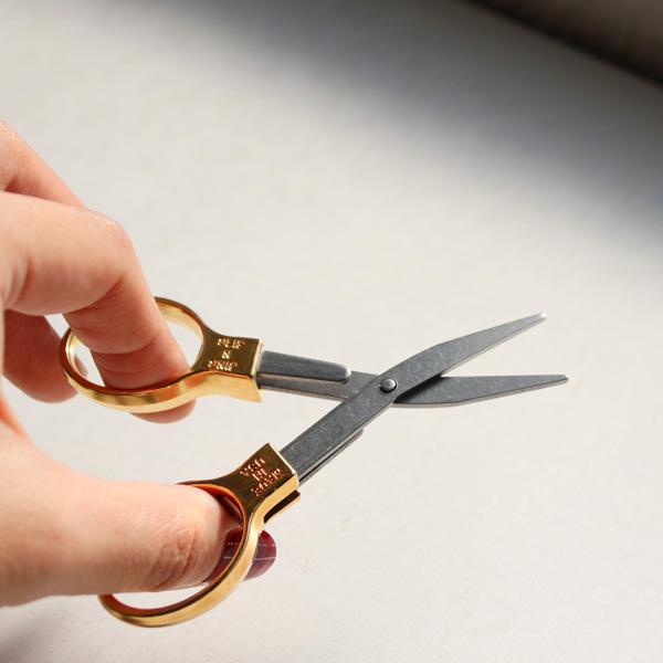 Slip-N-Snip Folding Scissors ブラス 折りたたみはさみ メール便OK