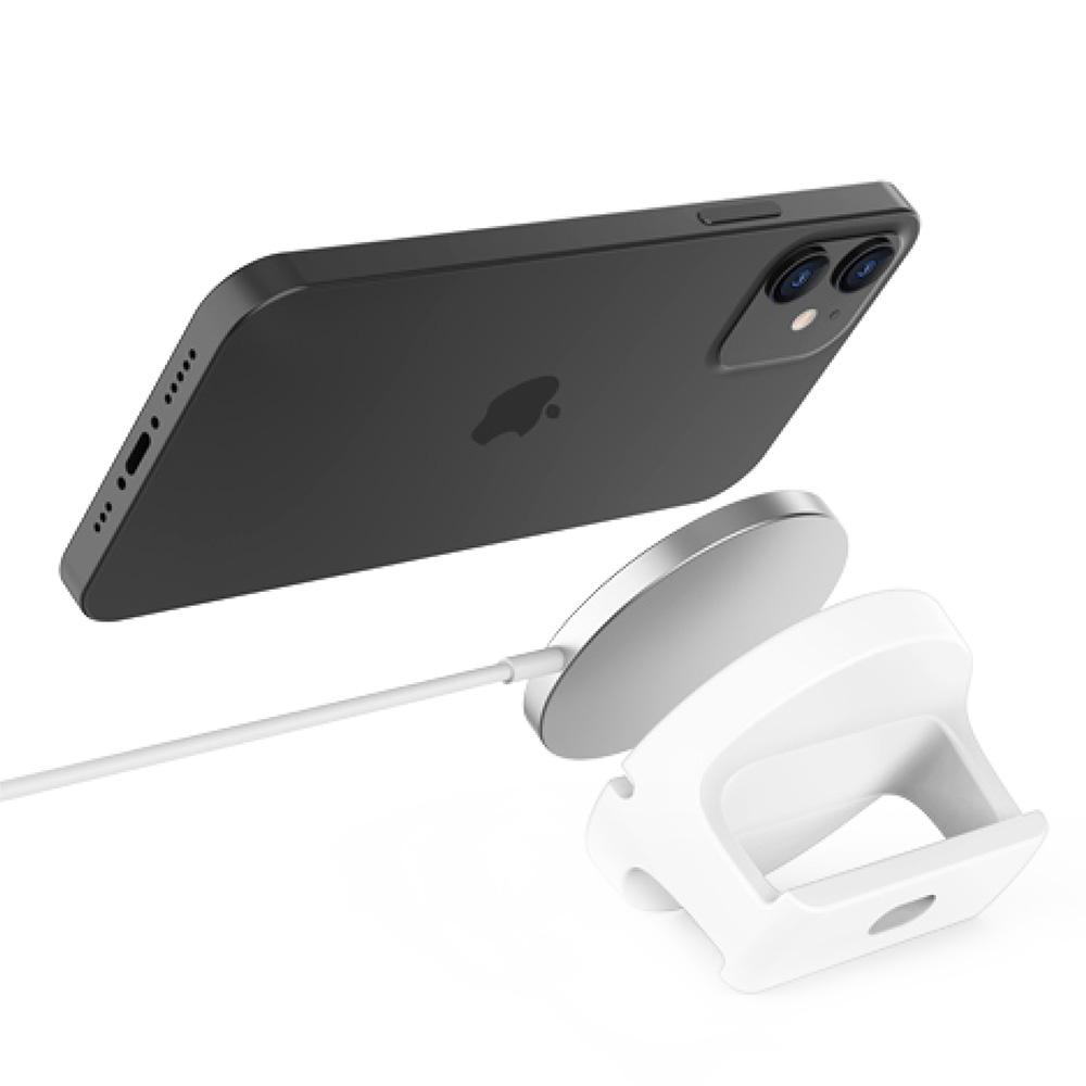 最新のMagSafe対応iPhoneにぴったり吸着!スタンドに置くだけで急速充電