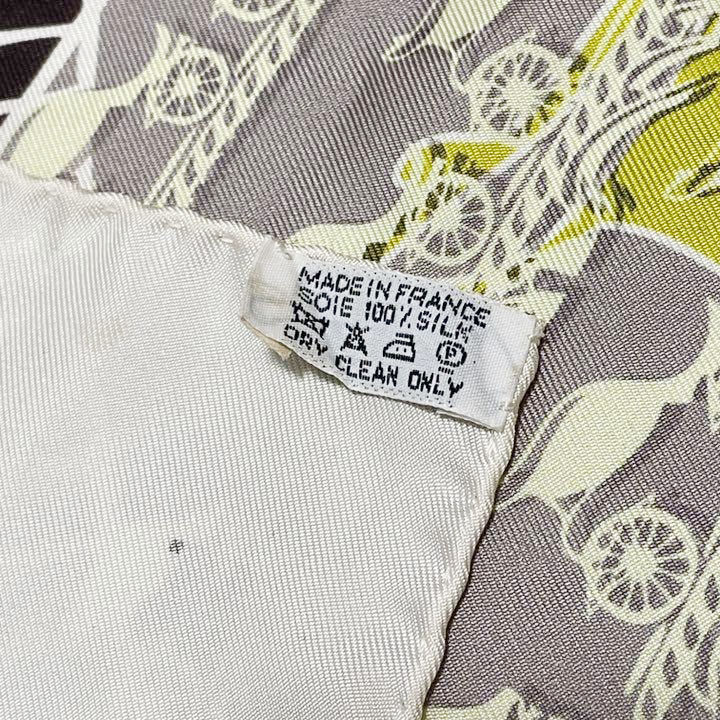 HERMES エルメス スカーフ カレ90 『24 FAUBOURG SECONDE GINZA5-4-1』 2011年 銀座10周年記念 シルク ホワイト イエロー