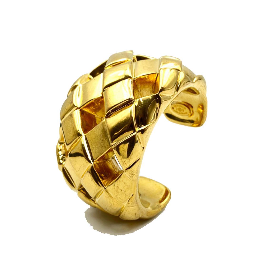 CHANEL シャネル マトラッセ ヴィンテージ バングル ブレスレット 23 ゴールド