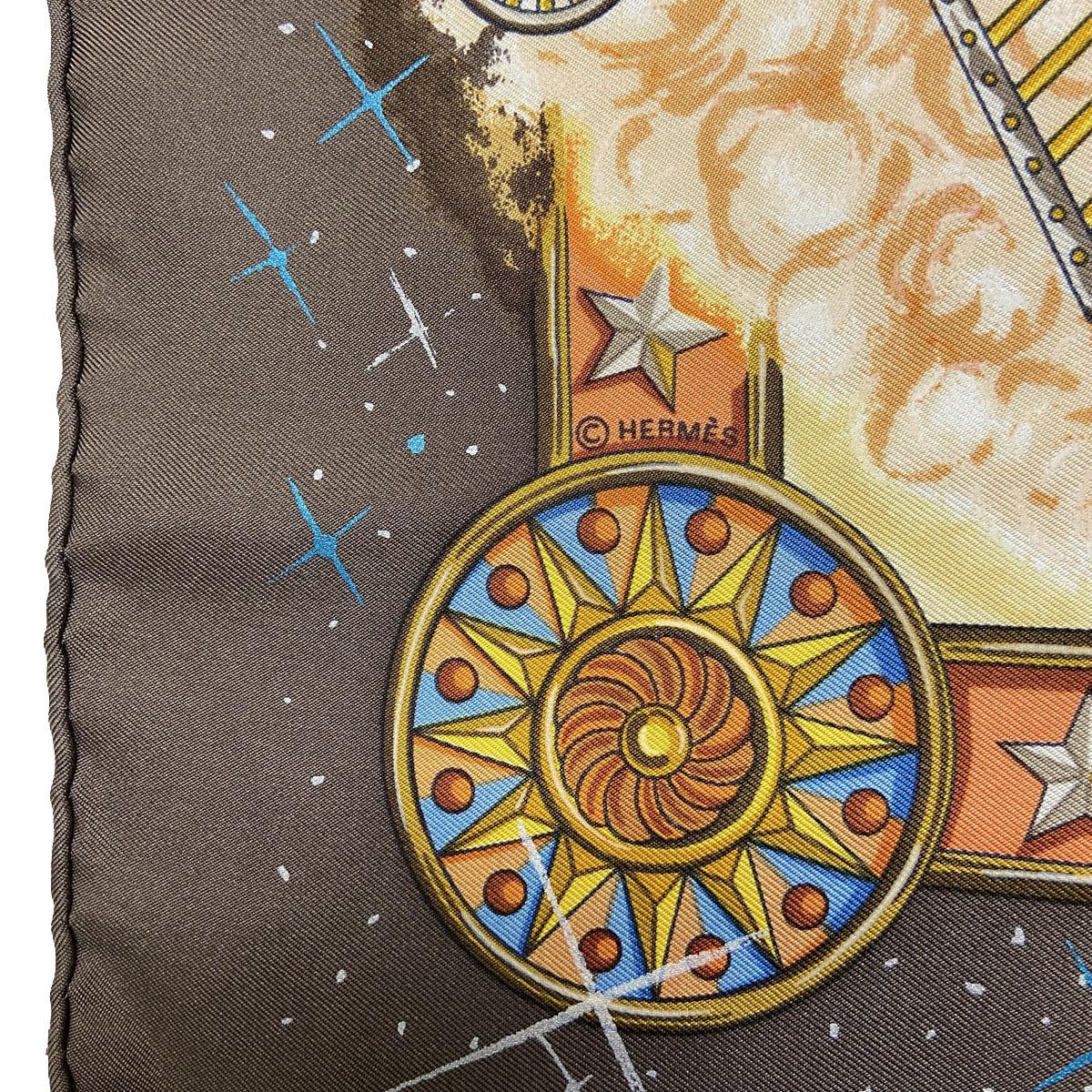 HERMES エルメス スカーフ カレ90 『LA MAGIE(マジック)』 シルク イエロー ブラウン