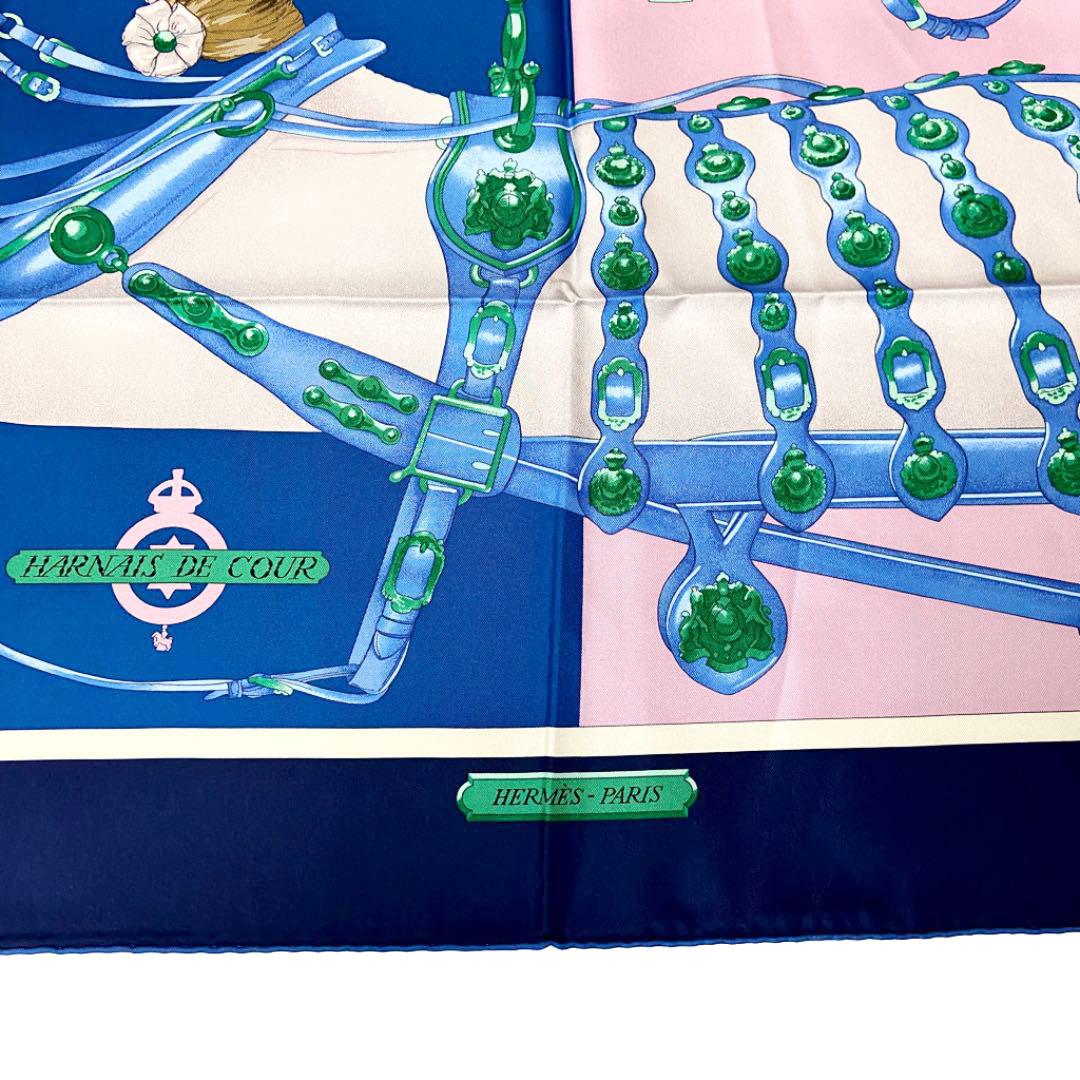 HERMES エルメス スカーフ カレ90シルク 『Harnais de Cour(宮廷の馬具)』 ピンク ネイビー ソルド品